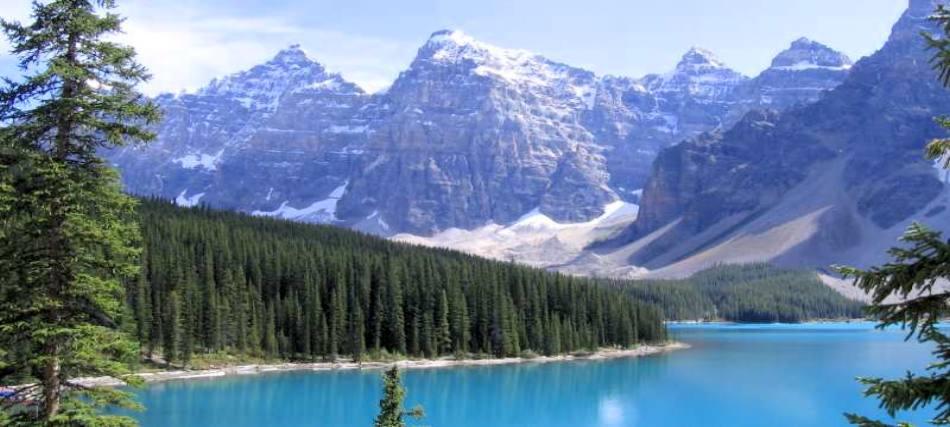 Questa immagine ha l'attributo alt vuoto; il nome del file è montagne-del-missouri-2.jpg